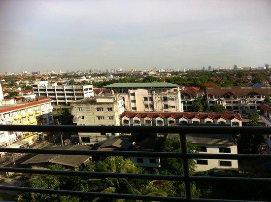 Rama Gardens Hotel Bangkok: a ROOM WITH A VIEW
