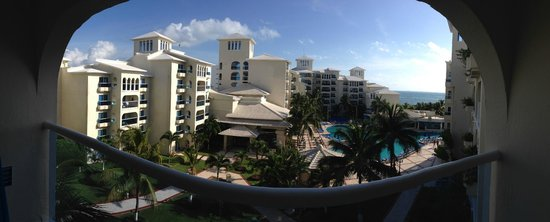 Barcelo Costa Cancun : resort