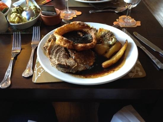 Royal George: Sunday lunch - the roast beef platter