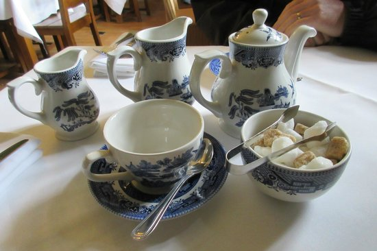 Goddards House and Garden : Traditional Tea