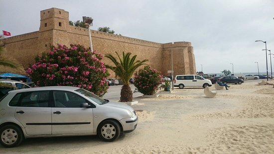 Medina of Hammamet : Medina walls