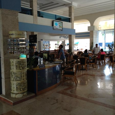 Occidental Costa Cancun: Lobby bar