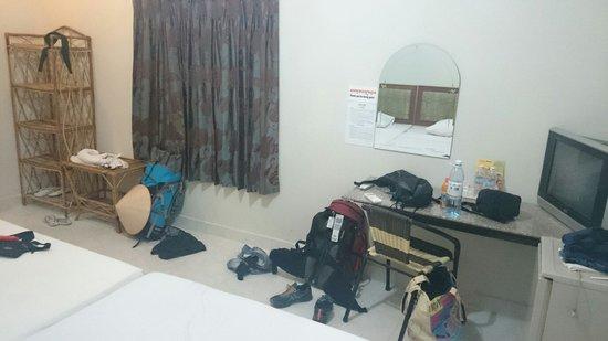 Zana House: Room
