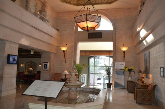 Movenpick Resort & Residences Aqaba: Lovely lobby