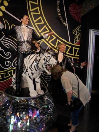 Madame Tussauds Las Vegas : Siegfreid and Roy Tiger