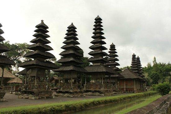 Sukasuka Bali - Day Tours: タマンユアン寺院