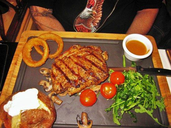 The Smokehouse: Steak