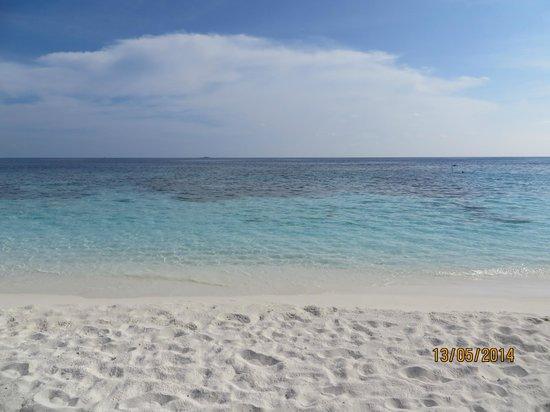 Angsana Ihuru: spiaggia