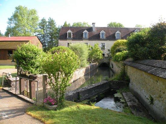 Le Moulin De Gemages: Le moulin rénové