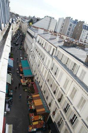 Hôtel Wagram : vista dalla camera sul mercato