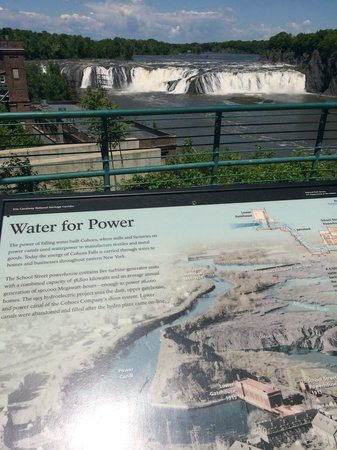 Cohoes Falls, Falls View Park: Great place