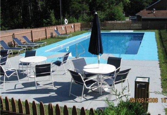BEST WESTERN Acadia Park Inn: Pool