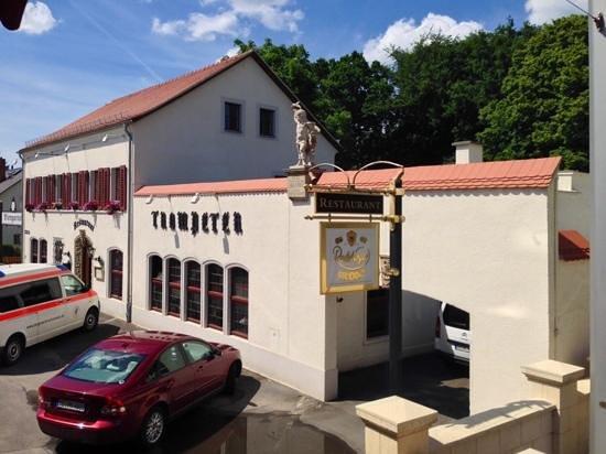 trompeter dresden loschwitz restaurant bewertungen telefonnummer fotos tripadvisor. Black Bedroom Furniture Sets. Home Design Ideas