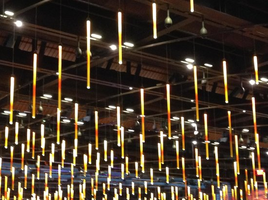 "Sands Casino Resort: Molten steel ""lights"" hang in the casino!"