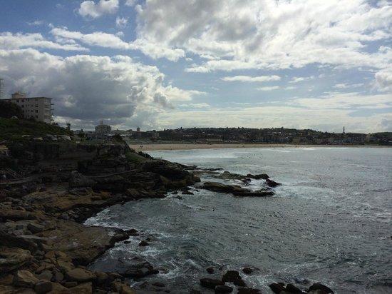 Bondi to Coogee Beach Coastal Walk: bondi to coogee