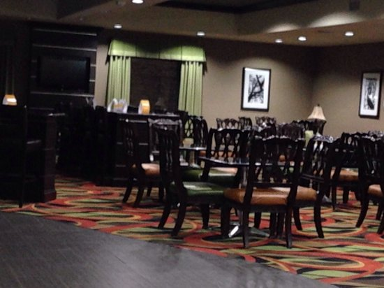 Comfort Suites: Lobby/breakfast area