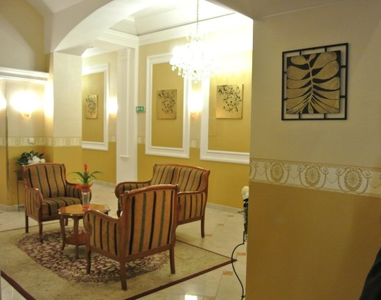 Hotel Tyl : Very nice lobby