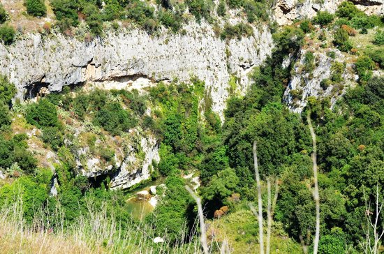 Necropoli di Pantalica: Pantalica 4