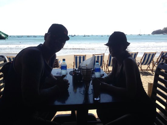 El Timon: Lunch on the beach