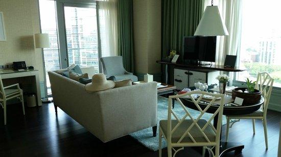 Oriental Residence Bangkok: Living room