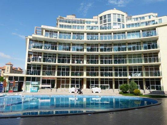 Julia Family Apartments: Hotel