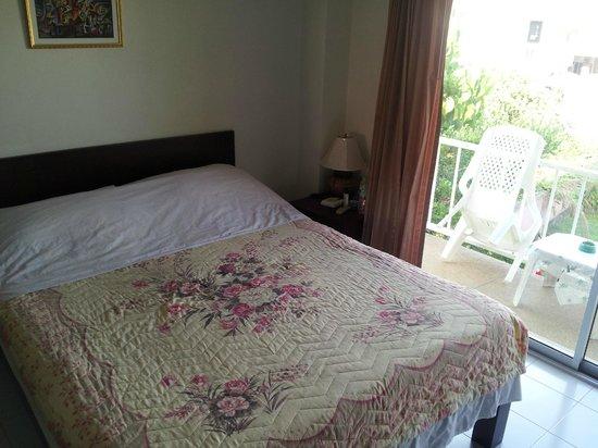 Baan Taveesri: Room