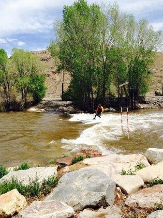 "Salida Inn & Monarch Suites: Arkansas river ""surfing"""