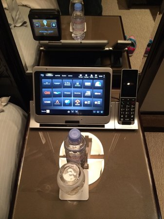 The Peninsula Hong Kong : Tablet to control light, TV channel
