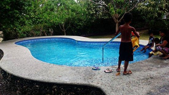 Padre Burgos Castle Resort: the pool
