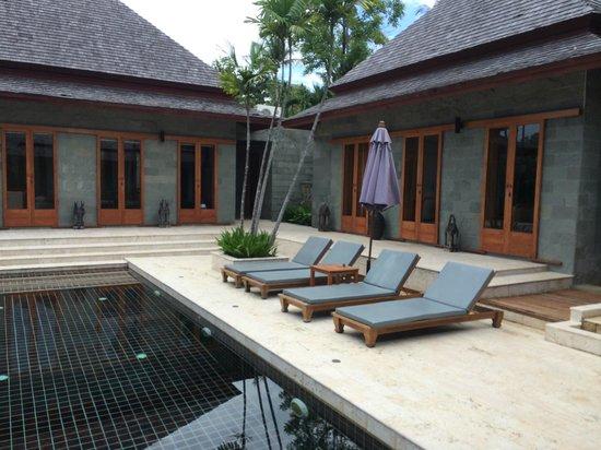 Nakamanda Resort & Spa : -