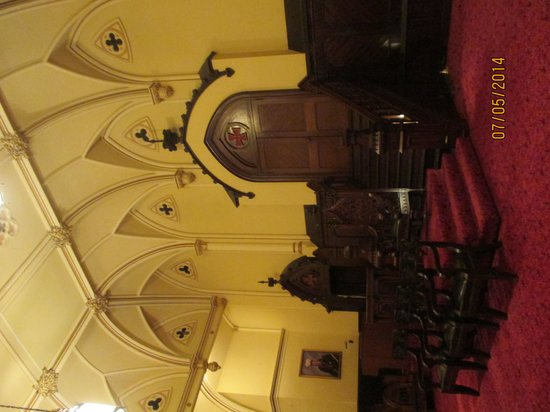 Masonic Temple: luxe des salons