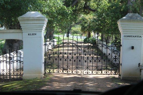 Klein Constantia: Portão interno