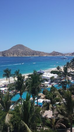 Pueblo Bonito Los Cabos : View of beach and pool from balcony