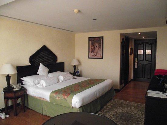 Arabian Courtyard Hotel & Spa : Bedroom