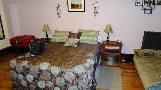 San Fermin B&B: Apartment 2B, Betten sehr bequem