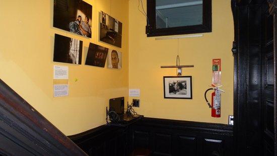 San Fermin B&B: Flur mit Gemeinschafts PC