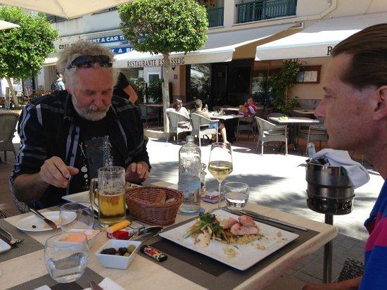 Restaurante Es Passeig: mi amegos Ed and Martin