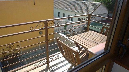 Hotel Sunshine: Balcony