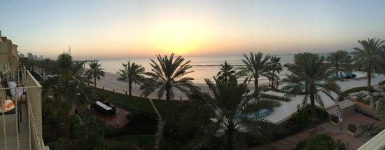 Movenpick Hotel & Resort Al Bida'a Kuwait: View from 2nd floor deluxe sea view