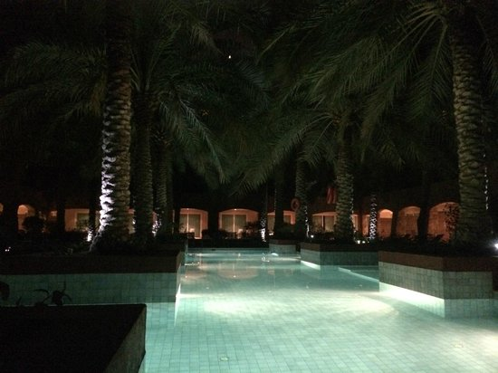 Movenpick Hotel & Resort Al Bida'a Kuwait : 1 of 3 pools