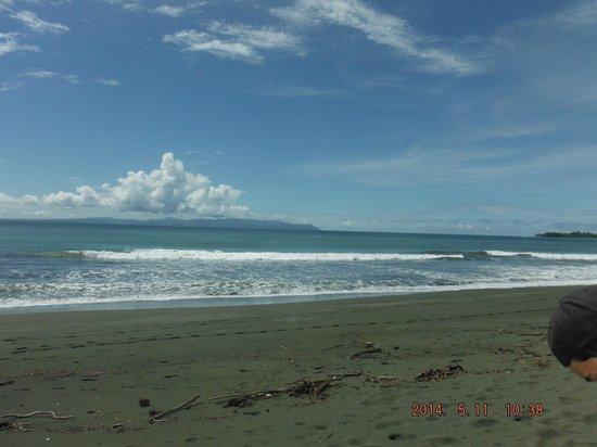 Agua Dulce Beach Resort: beach