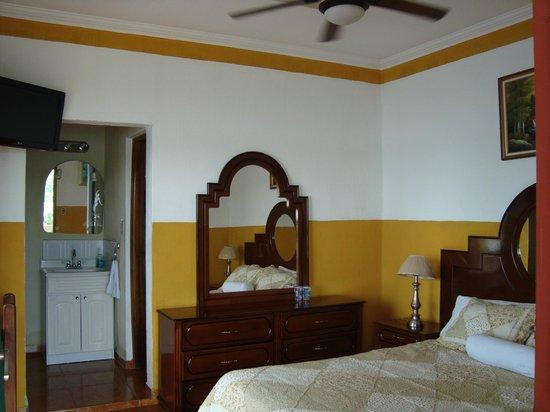 Hotel villa del lago flores og omegn guatemala for Hotel villa del lago
