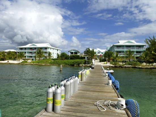 Compass Point Dive Resort: Compass Point from the dock