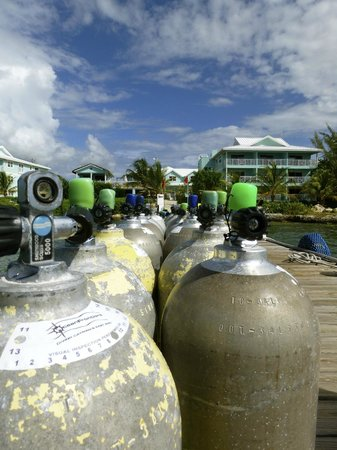 Compass Point Dive Resort : Tanks are ready to go!