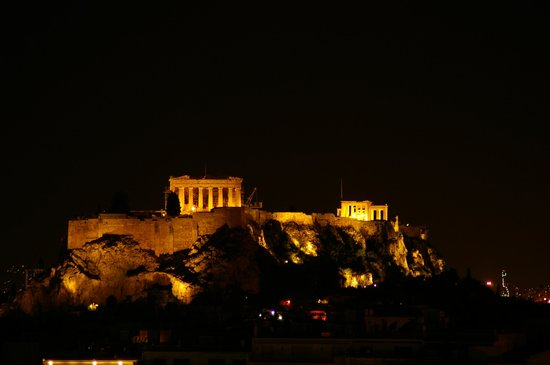 Hilton Athens: Night view of Acropolis from the Hilton