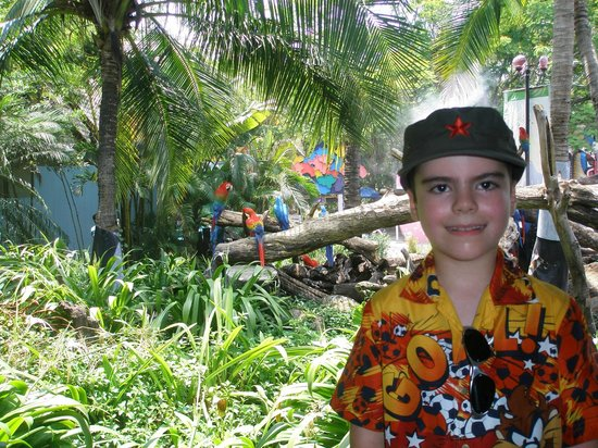 how to get to safari world bangkok