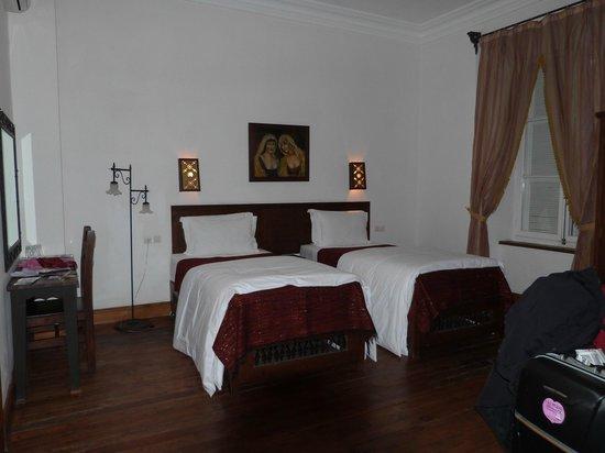 Dar El Kasbah: belle chambre spacieuse