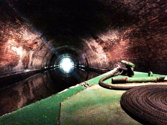 Canal and River Cruises Day Tours: Through the tunnel!