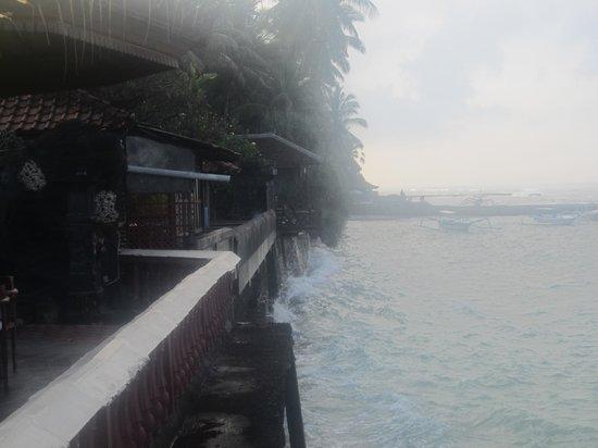 Pondok Bambu : zicht op zee