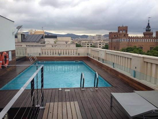 K+K Hotel Picasso: roof top pool